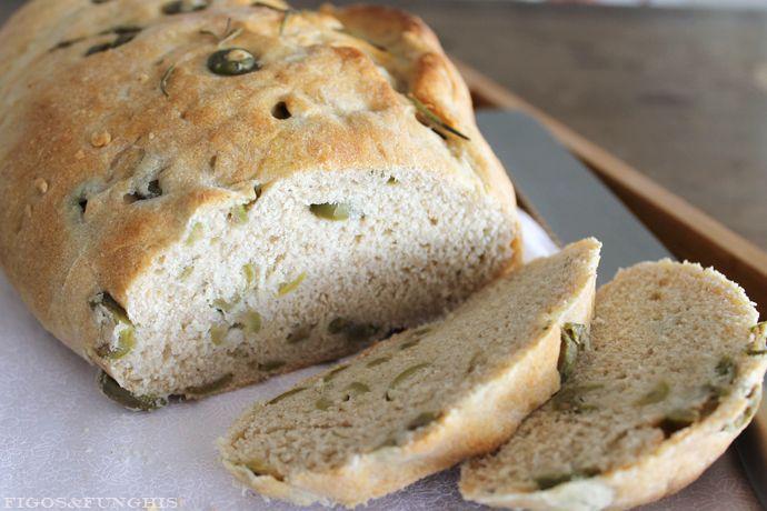 pão fácil de azeitona e alecrim_ Blog Figos & Funghis