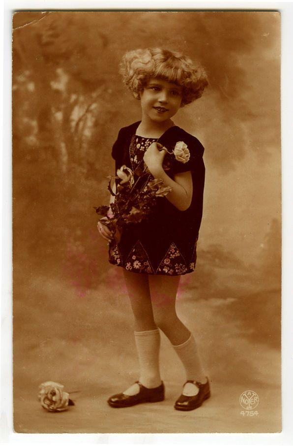 Французский деко 20-е годы 20 века дети ребенок модная маленькая девочка фото открытка | eBay