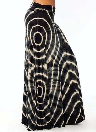 tie-dye maxi skirt. WOW!! I love it