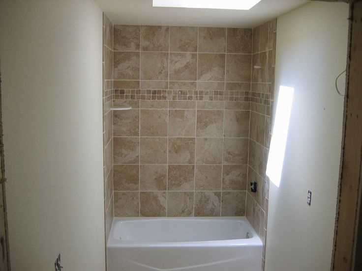 Best 25+ Bathtub tile surround ideas on Pinterest ...