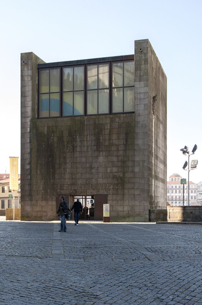 Porto, Casa dos 24 | 1997. Fernando Távora Photo: Jose Carlos Melo Dias