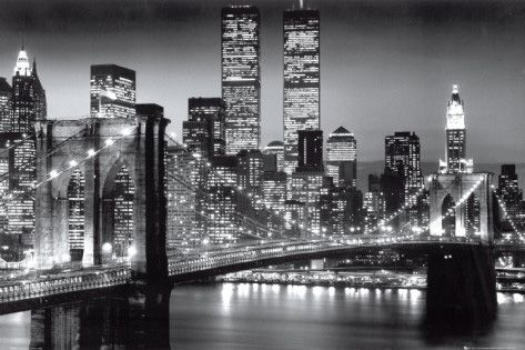 Manhattan at Night - by Richard Berenholtz http://www.voteupimages.com/manhattan-at-night/