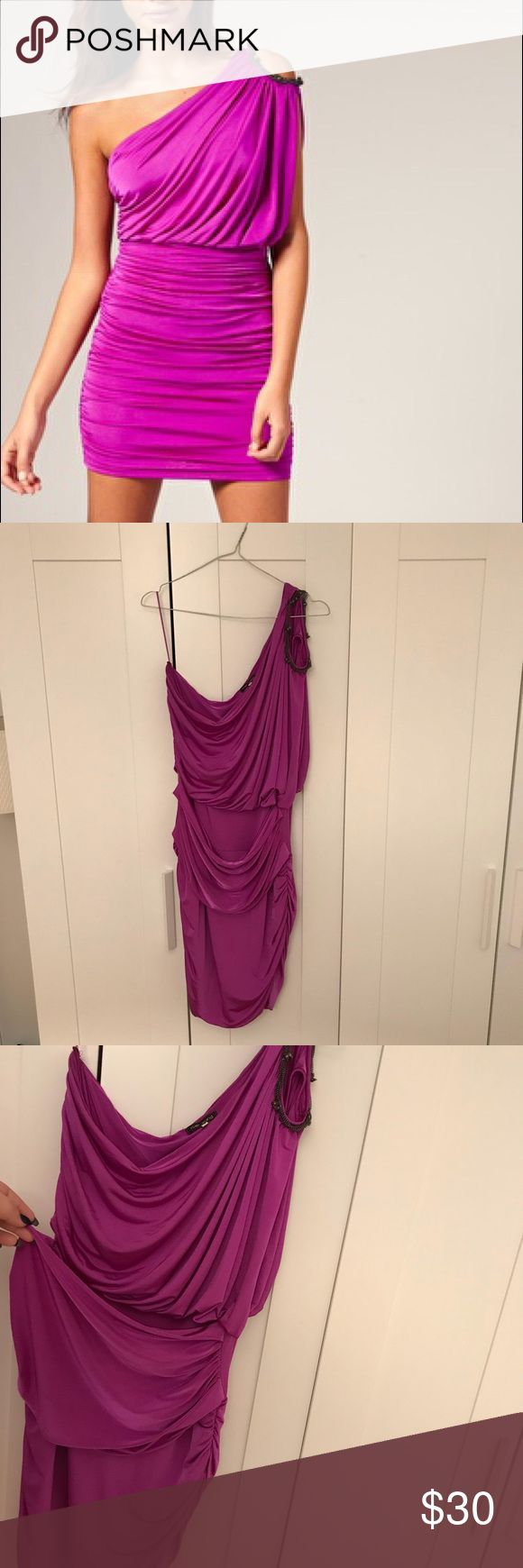 River Island Magenta One-Shoulder Dress Beautiful one-shoulder dress from River Island with gem and silver detailing on the shoulder. Very stretchy and comfortable, in great condition! This is a UK size 18, which is a 16 US River Island Dresses One Shoulder
