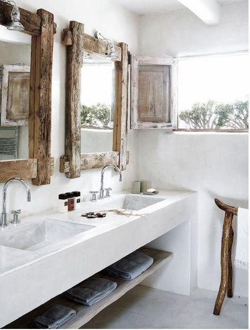 baño, estilo rústico, encimera con lavabos integrados de obra, espejos con madera reciclada