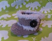 Crochet pattern baby Ugg's, crochet booties, baby pattern