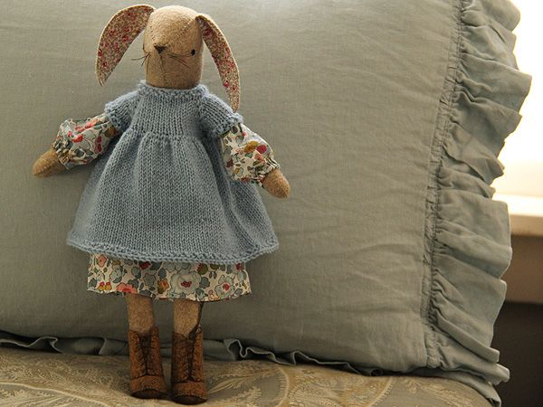 Posy Gets Cozy Bunny Dress. Oooh. I could do this. And maybe even learn to knit the little caplet.