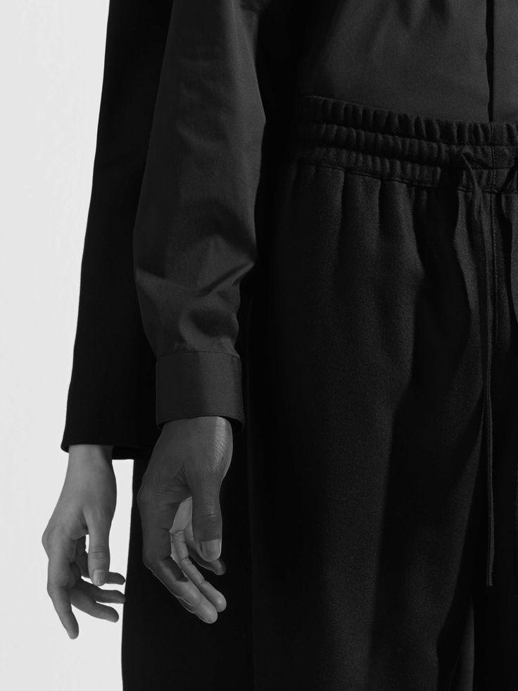 COS | Dressed up details