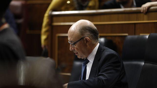 PSOE Unidos Podemos y Ciudadanos piden a Montoro explicaciones en el Congreso por los papeles del paraíso