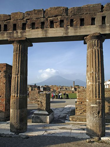 ancient history cities of vesuvius Ancient history stage 6 - year 12 core: cities of vesuvius – pompeii and herculaneum home hsie ancient history stage 6 course content core: cities of vesuvius – pompeii and herculaneum.