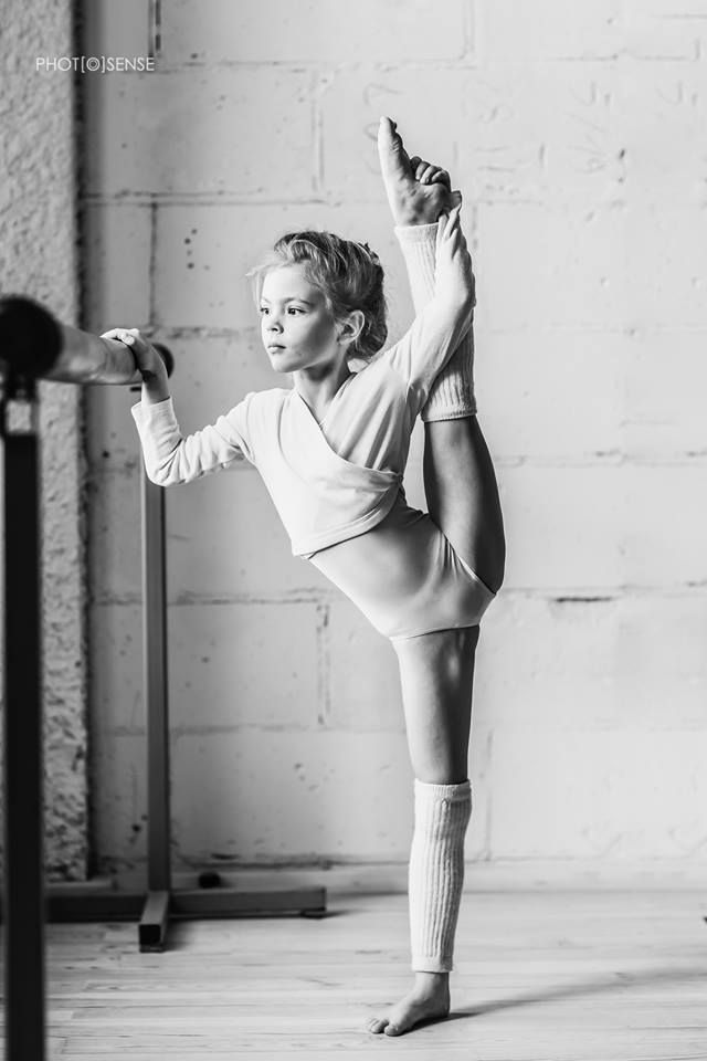 голые балерины и гимнастки ним чувствовала
