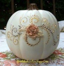 DIY Tutorial: Pumpkin Glitz U0026 Glitter Centerpiece For A Cinderella Wedding
