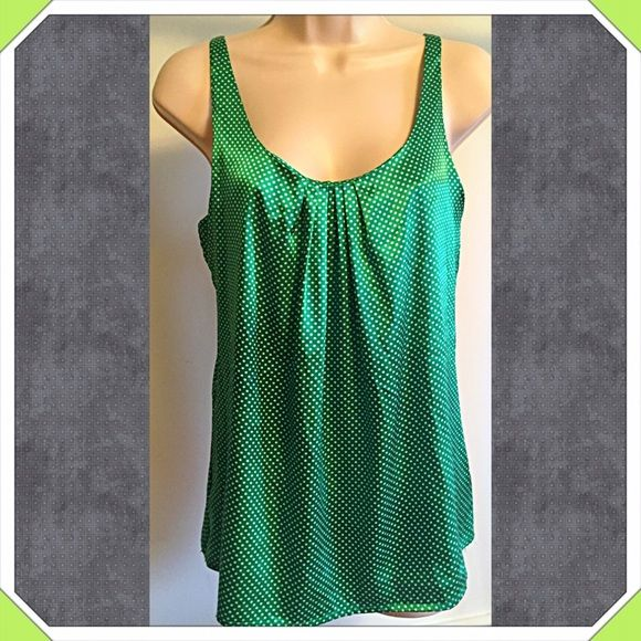 """NY & Company green & white polka dot cami top ❤️Gorgeous NWOT green & white polka dot cami top. So pretty & perfect for Spring! Measures approx 28"""" long & 34"""" bust. Size small. Built-in bra. Silky poly spandex blend. New, flawless condition. Also available in magenta (see separate listing). Bundle to save! NO TRADES Reasonable offers welcome via offer button. New York & Company Tops Camisoles"""