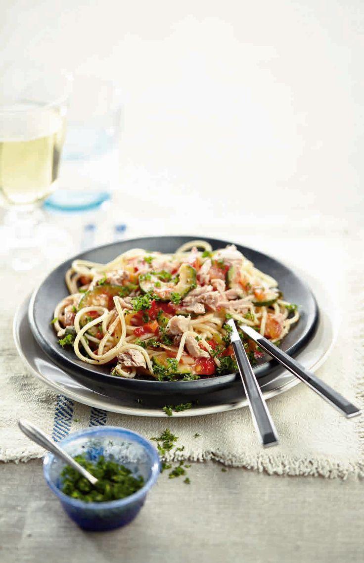 Spaghetti met tonijn en roerbakgroenten - Boodschappen