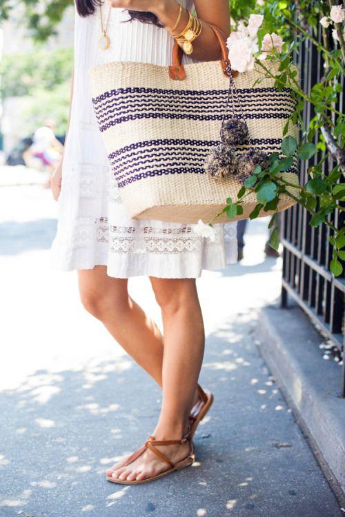 http://reginamagritte.tumblr.com/ - La Trahison des Images