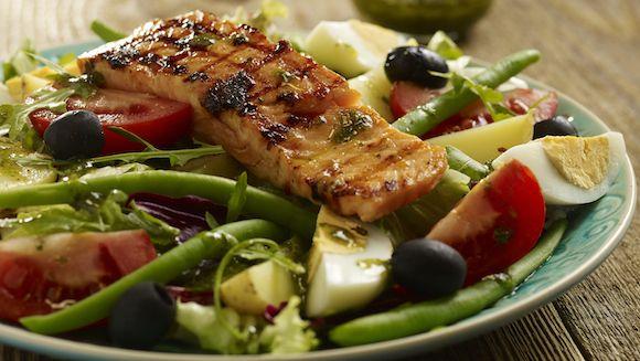Salade Niçoise, een heerlijk gerecht voor op een mooie zomerdag!
