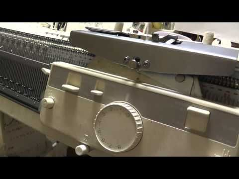 (1) Английская резинка со сдвигом фонтур на основе резинки 2х2 от nyann goro - YouTube