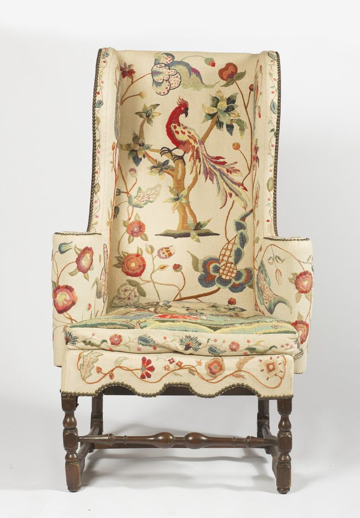 ENGLISH WILLIAM AND MARY BEECHWOOD WING CHAIR WITH CREWEL UPHOLSTERY. |  Northeast Auctions