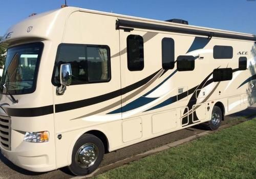 Pin By Rv Registry On Class A Gas Motorhomes Used Rv