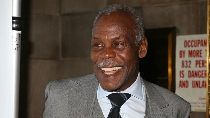 Black #Cosmopolitan Danny Glover Partners With Airbnb To Assist With Diversity   #Airbnb, #Business, #California, #DannyGlover, #Glover, #VacationRental, #WorldWideWeb          If you're a patron of Airbnb, you may be aware of the company's rocky history with racism despite its dramatic growth in the past few years. The company allows regular people to rent out their homes and rooms and provide lower cost options than hotels and resorts for travelers. But...   Read