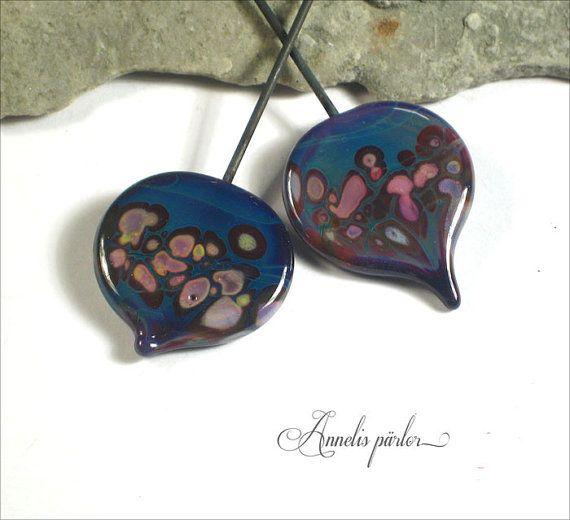 Handmade lampwork glass headpins 2 leaf Artisan by Annelibeads - Annelis pärlor