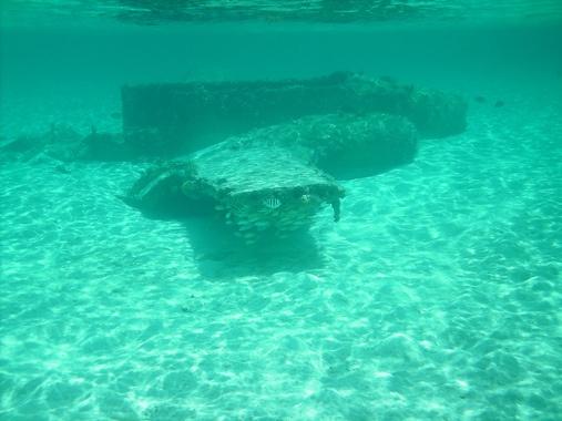 Sunken plane in the Bahamas