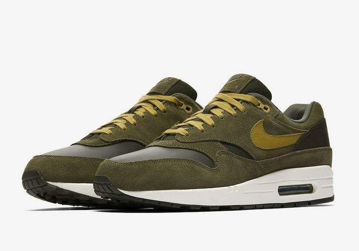 This Nike Air Max 1 Has Fall Written All Over It