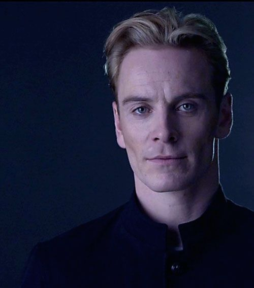 "Michael Fassbender as ""David"" in ""Prometheus"" - (2012)"