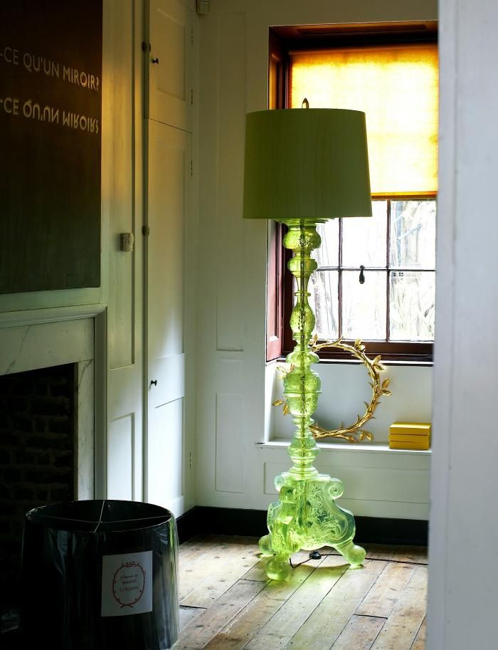 Marianna Kennedy Spitalfields House Showroom Workshop Cawdor Lamp In Resin.  Provided By Remodelista Part 28