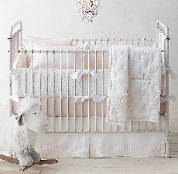 Baby Room // Decoration Kids Romm ideas //  Double Ring Appliqué & Vintage-Washed Percale Nursery Bedding Collection