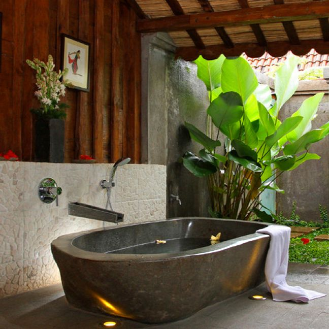 `•♥•´ Indonesian Garden Bath! `•♥•´ I believe every home should have a outdoor bath/shower area.