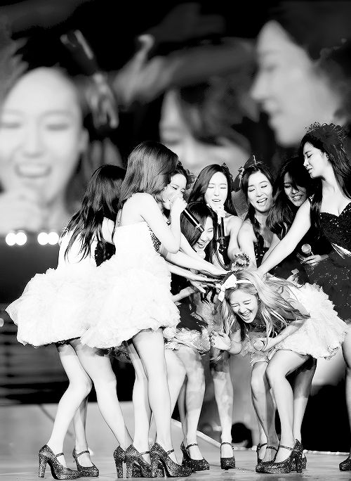 9 is one, 9 is perfect, 9 is complete  bring back jessica unnie #staystrongSNSD #staystrongSone