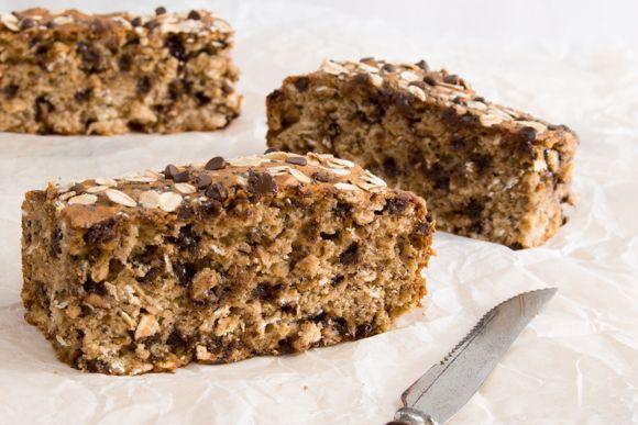 http://crystalmargarine.com/banana-oatmeal-chocolate-chip-breakfast-bars/