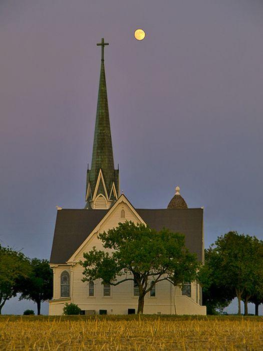 white church under a full moonCountry Church, Beautiful Church, Church Steeples, Beautiful Country, Old Church, Full Moon, White Church,  Church Buildings, Church White