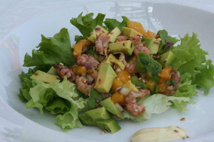 Garnalensalade met mango en avocado