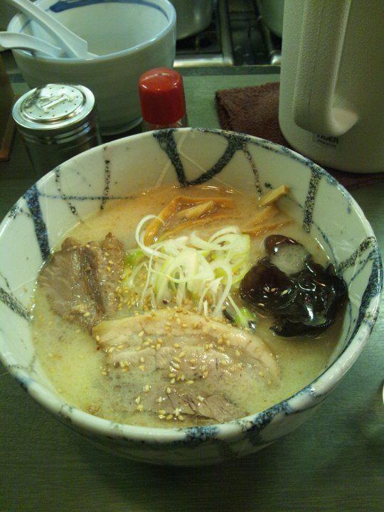 Shio-Ramen(Asahikawa-style salt soup noodle) @ Furaikyo, Nishi-shinjuku, Tokyo, Japan  http://www.fuuraikyo.com/