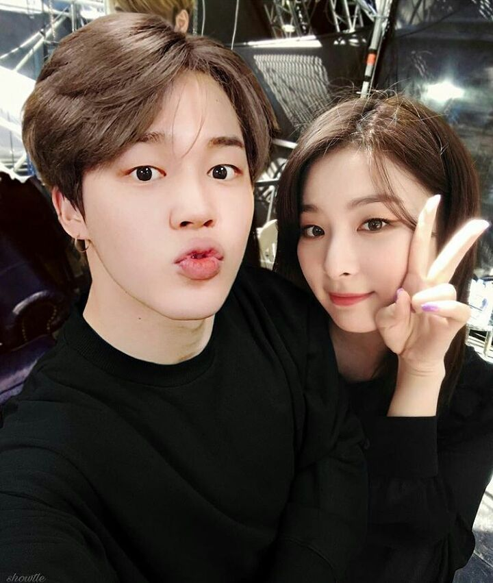 Seulmin selca...... #Seulgi #Jimin #We Got Married