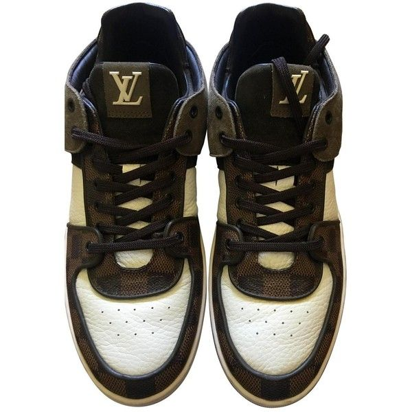 Pre-owned Louis Vuitton Low Trainers in Leather ($332) ❤ liked on Polyvore featuring men's fashion, men's shoes, men's sneakers, brown, men shoes trainers, mens brown leather shoes, louis vuitton mens sneakers, mens leather sneakers, mens low top shoes and mens brown leather sneakers