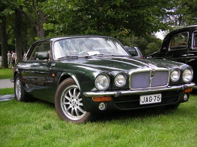 Jaguar XJ coupe Wallpapers