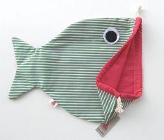 Drawsting bag. With resistant fabrics, handmade and fun for children.  Sice 29x29cm interior/ 29x35cm exterior