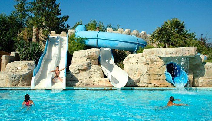 parc aquatique chauffé camping Sunêlia La Loubine ****