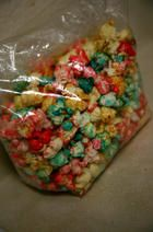 how to make colored popcorn on the stove