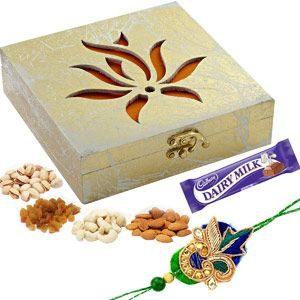 Big Antique Finish Wooden Dryfruit Gift Box and Rakhi Hamper Rs 1067/- http://www.tajonline.com/rakhi-gifts/product/r4095/big-antique-finish-wooden-dryfruit-gift-box-and-rakhi-hamper/?aff=pint2014/