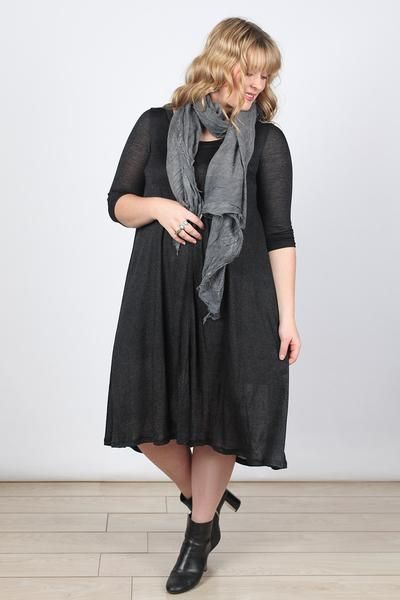 Dench Dress in Black (Plus Size)