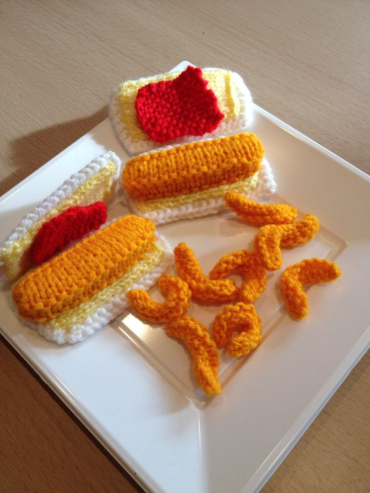 My hand knitted FISH FINGER SARNIE on buttered white bread with optional ketchup. All my knitting is available to purchase from barginspls on EBay