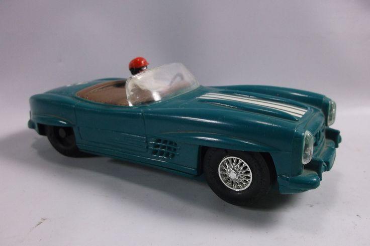 Slot Car 1/32 Scale Marx Toys Green Mercedes Convertible. epsteam