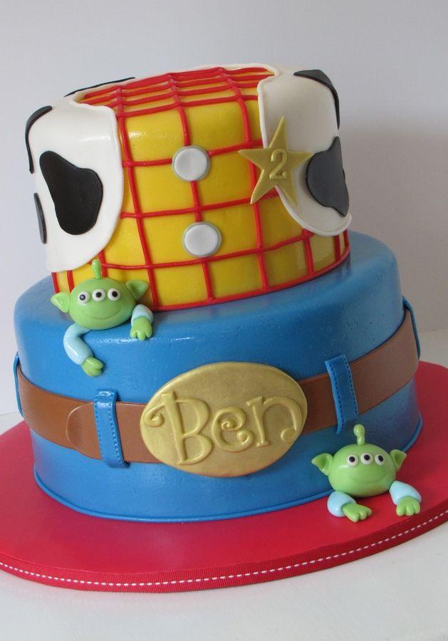 Sheriff Woody Birthday Cake