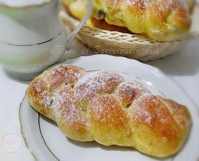 ©Oggi vi cucino così!: Treccine con uvetta
