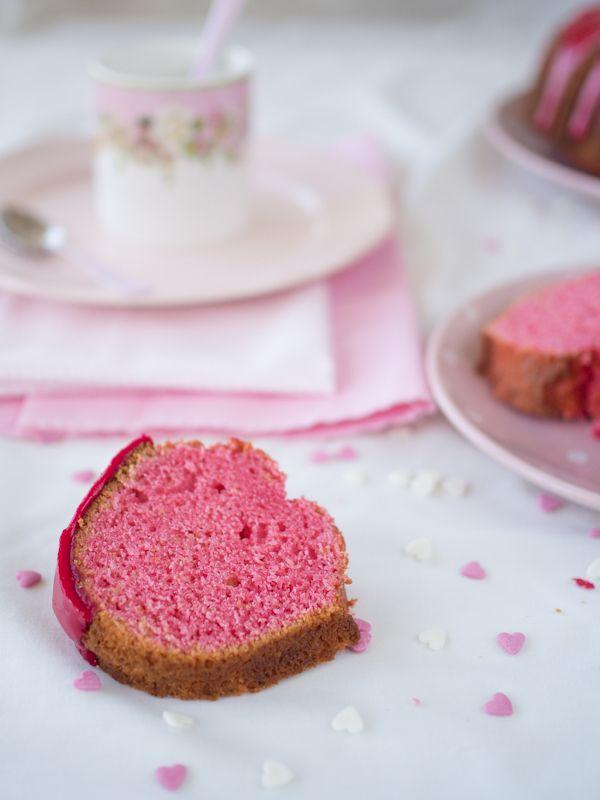 Bundt Cake de Limonada Rosa.