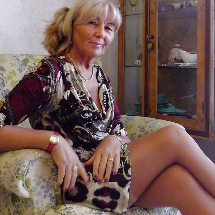 Long Legged Mature Women Sex 101