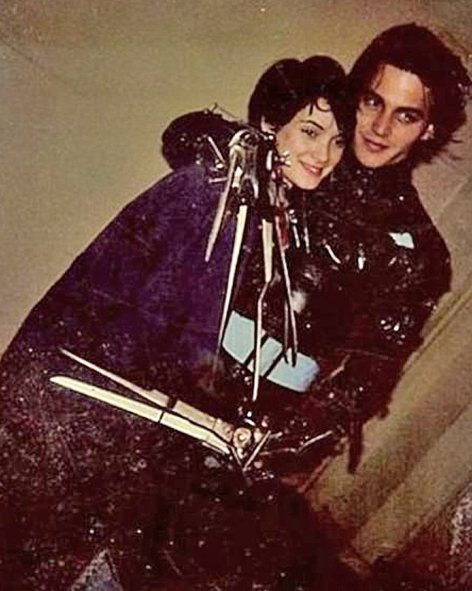 Winona Ryder and Johnny Depp during the filming of Burton ...